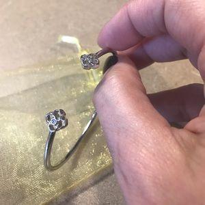 NEW!! Kendra Scott Cinch Bracelet w/dust bag